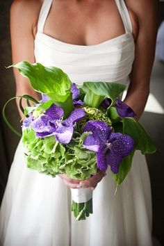 green purple bouquet wedding