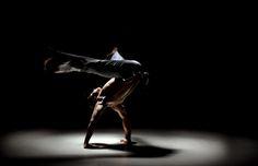 Capoeira Bananeira with a twist