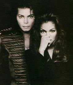 See Michael Jackson & Janet Jackson pictures, photo shoots, and listen online to the latest music. Janet Jackson, The Jackson Five, Jackson Family, Lisa Marie Presley, Black Is Beautiful, Beautiful People, Beautiful Ladies, Michael Jackson Fotos, Michael Jackson Look Alike