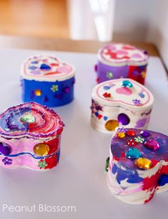 Kids Craft Valentine's Day Heart Boxes