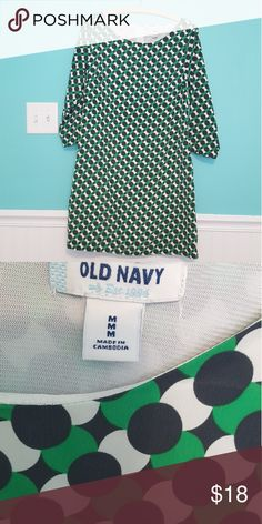 Old Navy medium dress Old Navy medium dress. Lined in the front  with 3/4 sleeve. Old Navy Dresses Midi