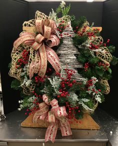 Wooden Country Tree Wreath.. By Norma Gordon