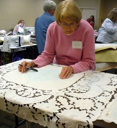 Cindy Needham: Linen Ladies Workshop!!!  Vintage Linens transformed into wholecloth quilts.