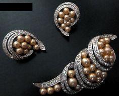 Mazer - Jomaz - Bijoux Vintage - Parure Broche et Boucles d'Oreilles 'Perles' - Années 50