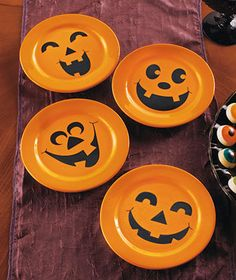 Idea for jack-o-lantern pumpkin chargers