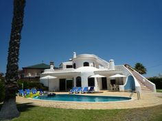 - Villa in Peaceful Location