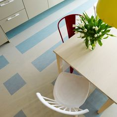 Awesome Marmoleum For Contemporary Interior Floor Design: Modern Dining Room Design With Cozy Marmoleum And Mid Century Dining Chairs Linoleum Flooring, Kitchen Flooring, Dining Room Design, Kitchen Design, Kitchen Reno, Vct Tile, Craftsman Kitchen, Mid Century Dining Chairs, Traditional Kitchen