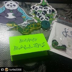 #Repost @turtle2356  Haven't posted in a while but here's a custom trio use pendant carb cap and dabber  @boroballers  #420 #710 #dabcity #dabbers #dabber #710society #dabsohard #boroballers #custom #carbcap #pendant #panda #medicalpandas #illuminati @bitolo07 @freshcannabis It's globbing time!  by medical.pandas
