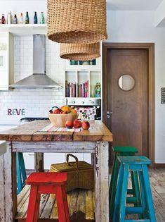 Cocina comedor rústica con aires vintage que combiné / Kitchen Interior, New Kitchen, Kitchen Dining, Kitchen Decor, Kitchen Ideas, Kitchen Walls, Pastel Kitchen, Pastel Room, Home Upgrades