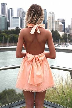 A bow: the trendy and fetchy finish of your everyday outfit <3