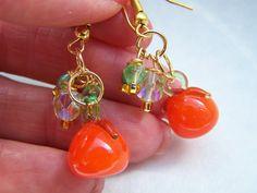 Orange Fruit Green Lampwork Glass Dangle Earrings by doodaba Glass Earrings, Drop Earrings, Orange Earrings, Orange Fruit, Pearl Set, Vintage Pink, Crystal Beads, Pink Roses, Dangles