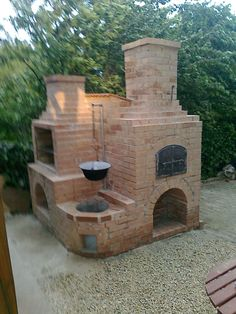 Terrific Cost-Free exterior Fireplace Outdoor Suggestions Planning for an Outdoor Fireplace? Outdoor fireplaces and fire pits develop a warm and inviting area Backyard Kitchen, Summer Kitchen, Outdoor Kitchen Design, Backyard Patio, Backyard Landscaping, Outdoor Kitchens, Pizza Oven Outdoor, Outdoor Cooking, Outdoor Island