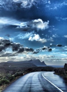 Wet road    ©acp  — at Cape Town, Africa.