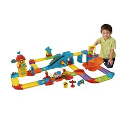 This VTech Toot-Toot Drivers Train Station sparks your child's imagination as…