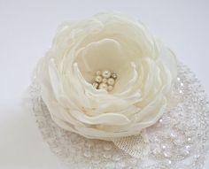 Ivory Wedding Hair Flower Clip http://www.letim.info/archives/26.html