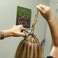 Do you like this hair tutorial? Trim Your Own Hair, How To Cut Your Own Hair, Cut My Hair, Long Hair Cuts, Home Highlights Hair, Silver Hair Highlights, Hair Colour Design, Diy Haircut, Ponytail Haircut