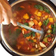 Pressure Cooker Recipes 782359766499971666 - Easy Instant Pot pressure cooker Minestrone Soup recipe is a healthy and hearty vegetarian/vegan dinner to warm you up. My family loves this delicious minestrone in the Instant Pot. Healthy Soup Recipes, Whole Food Recipes, Cooking Recipes, Potato Recipes, Pressure Cooker Recipes Vegetarian, Instapot Vegetarian Recipes, Hearty Vegetarian Soup, Vegetarian Minestrone Soup, Vegan Recipes