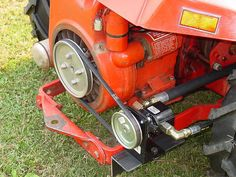Do-it-yourself CAD Plans by P. Loaders, Backhoes for garden tractors, log splitters. Sample pictures and videos of those. Yard Tractors, Small Tractors, Compact Tractors, Lawn Tractor Trailer, Tractor Loader, Garden Tractor Attachments, Homemade Tractor, Tractor Accessories, Log Splitter