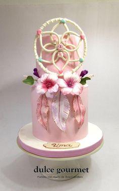 Bohochic cake by Silvia Caballero