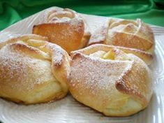 Romanian Food, Sweet Cakes, Food Cakes, Sweet Bread, Bread Baking, Baked Goods, Food To Make, Cake Recipes, Sweet Tooth