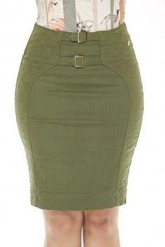 103031 modelo cabelo castanho saia verde militar com bordados saia Denim Skirt Outfits, Chic Outfits, Corporate Wear, African Print Dresses, Africa Dress, Girls Dresses, Womens Fashion, Skirts, How To Wear
