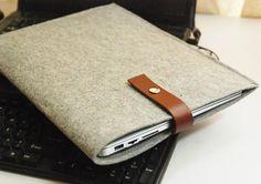 Felt macbook sleeve