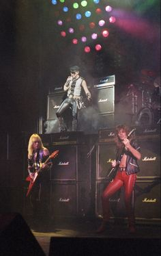 Judas Priest Breakin the Law, breakin the laaawwwwwww!!!!
