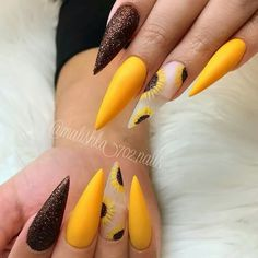 Follow @Makie Starks for MORE nail love inspiration ⚡