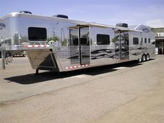 Bloomer Trailers 2010 Double slide 26' LQ 4 Horse loaded Horse Trailer. And for only $190K!