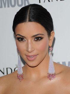 Celebrity Lookbooks: Kim Kardashian at Glamour Women of the Year Awards, London. I LOVE her earings!!!