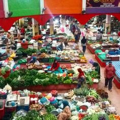 Mercado en Kota Bharu, Kelantan, Malasia.