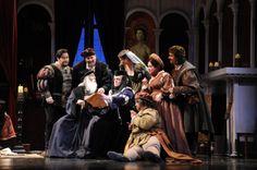 Tenor James Callon as Rinuccio and mezzo-soprano Nicole Birkland as Zita with Opera San José chorus in <em>Gianni Schicchi</em>.