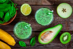 healthy green smoothie with banana, spinach, avocado and chia seeds in glass jars on a rustic background , Fruit Smoothies, Smoothies Banane, Healthy Green Smoothies, Healthy Juices, Smoothie Legume, Smoothie Detox, Smoothie Recipes, Healthy Food Choices, Healthy Dinner Recipes