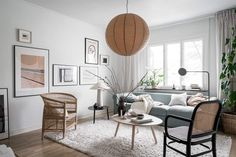Beige Wall Colors, Green Wall Color, Home Living Room, Living Room Designs, Living Spaces, Living Room Inspiration, Interior Inspiration, Scandinavian Home Interiors, Scandinavian Design