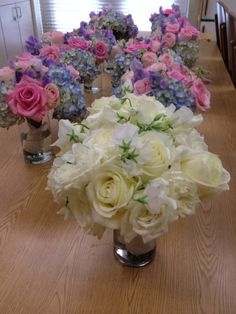 Pretty bouquets for a wedding