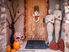 IDEAS & INSPIRATIONS: Halloween Decorating Ideas - Outdoor Halloween Decorations