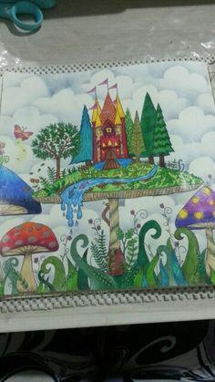 Floresta encantada.  Desenho pintado pela Carol