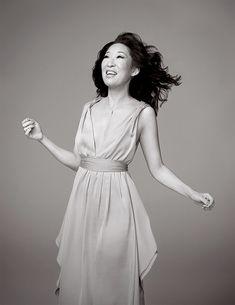 Sandra Oh, Cristina Yang, Best Actress, These Girls, Greys Anatomy, Lifestyle Photography, Style Icons, White Dress, Glamour