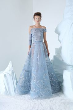 Azzi and Osta Couture Autumn/Winter Blue Wedding Dresses, Prom Dresses, Prom Dress Couture, African Traditional Dresses, Fashion Corner, Couture Collection, Dream Dress, Couture Fashion, Strapless Dress Formal