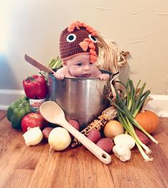 Baby's Thanksgiving! Baby's Thanksgiving! 3 Month Old Baby Pictures, Funny Baby Photos, Fall Baby Pictures, Monthly Baby Photos, Baby Boy Photos, November Pictures, Thanksgiving Photos, Thanksgiving Baby, Halloween Baby Photos