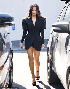Megan Fox Dress, Megan Fox Outfits, Megan Fox Style, Megan Fox Photos, Megan Denise Fox, Fashion Outfits, Womens Fashion, Sexy Legs, Casual