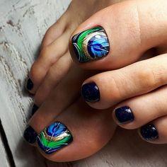 Toe Nail Flower Designs, Pedicure Designs, Pedicure Nail Art, Toe Nail Art, Manicure And Pedicure, Nail Art Designs, Red Nails, Hair And Nails, Cute Pedicures