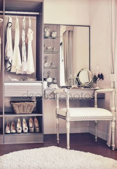 Vintage Style Photo Ankleidezimmer Classic Source by Ho Photos Of Dresses, Inside Home, Dressing Room, Fashion Photo, Vintage Photos, Vintage Fashion, Vintage Style, Vanity, Classic