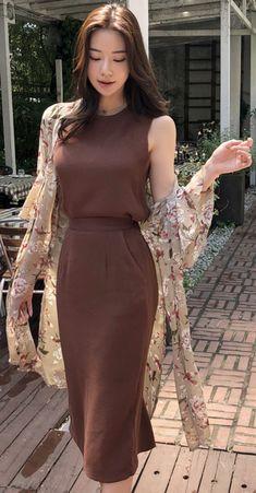 StyleOnme_Floral Print Chiffon Robe #floral #robe #chiffon #chic #vacationlook #koreanfashion #kstyle #kfashion #summertrend