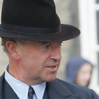 Michael Kitchen as DCS Foyle (from an Hungarian website with LOTS of nice photos!)