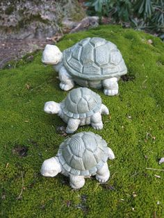 Turtle Trio Concrete Garden Statues Three by WestWindHomeGarden