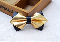 Black and gold BOW TIE-clip for kids Kids bow tie clip on Bow tie clips bow ties Kids bowties baby bowtie