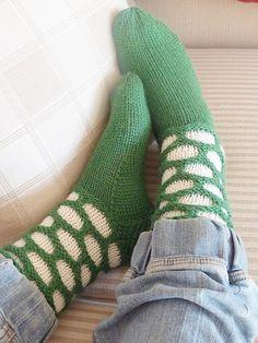 Free pattern sircle socks