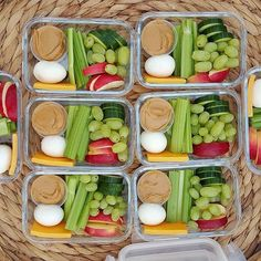 Clean eating is a big component of healthy living. Clean eating entails consuming meals and snacks that add value to the body. Finding clean eating meals for breakfast, lunch and supper is relatively easy because of the wide range of options that are. Clean Recipes, Healthy Recipes, Keto Recipes, Recipes Dinner, Meal Prep Recipes, Health Food Recipes, Muscle Recipes, Clean Eating Recipes For Weight Loss, Snack Recipes