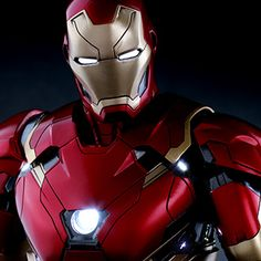 Hot Toys Marvel Sixth Scale Figures - Iron Man Mark XLVI has 2 dozen LEDs. I think I'm keeping Sideshow in business on my own. Next?  Vision, Premium Black Panther, Man of Steel?
